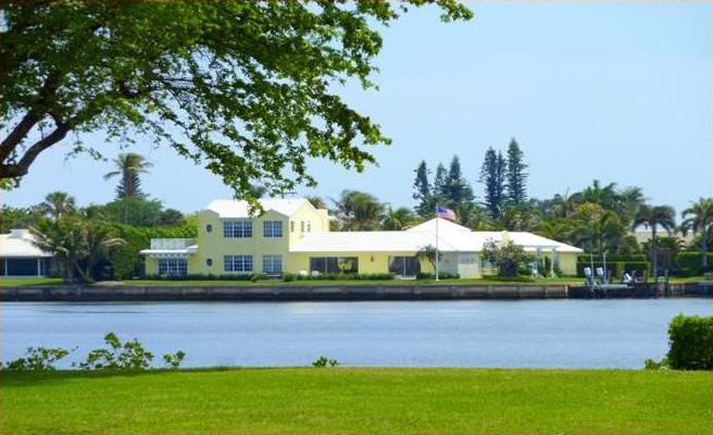 comm-gulf-stream-waterfront-homes